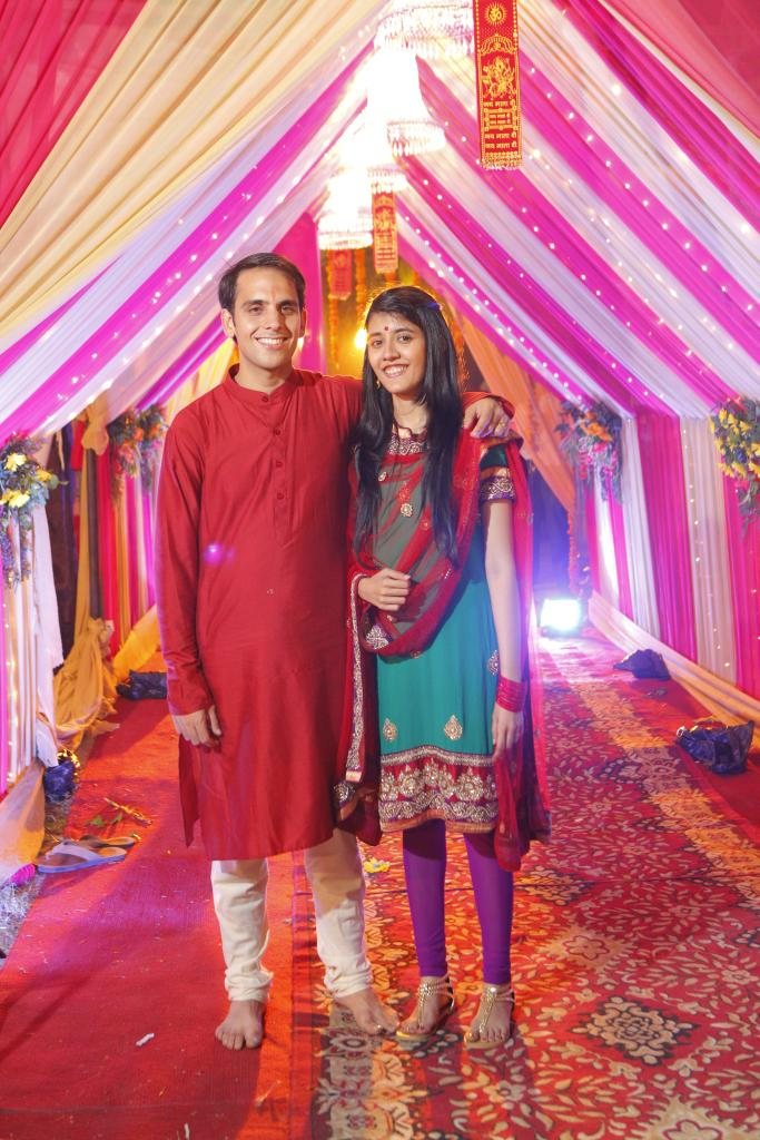 The groom & bride. I know, the suit wasn't actually chamki na