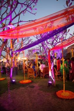 Elements mehendi decor hanging bangles Sahiba wedding Photo Tantra