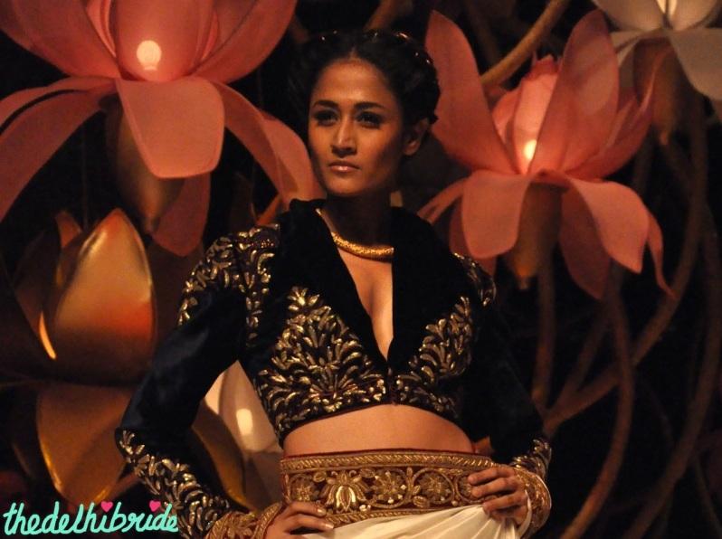 blouse design 2 IBFW 2013 Rohit Bal