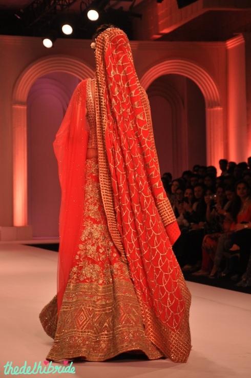 IBFW 2013 Adarsh Gill Esha Gupta 3