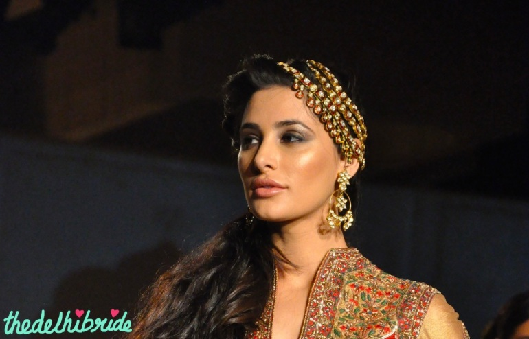 IBFW 2013 Ashima Leena Nargis Fakhri earring and matha patti