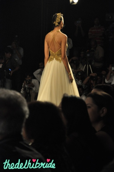 The back (or lack of) on the gown