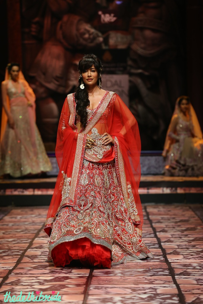India Bridal Fashion Week Delhi 2013 - Chitrangada Singh as the showstopper for Suneet Varma's Collection_1