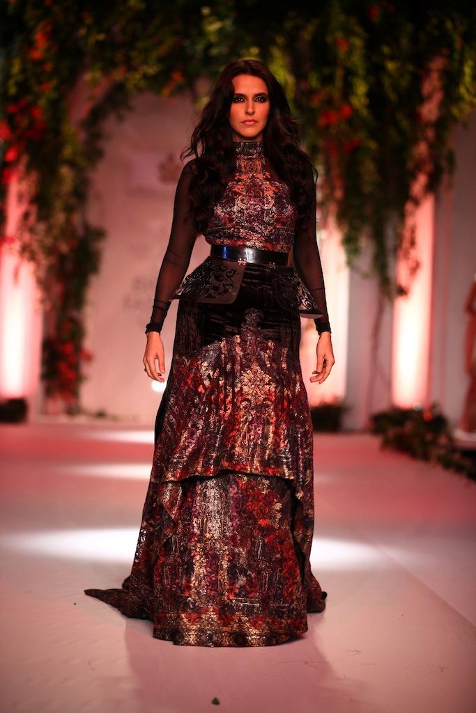 India Bridal Fashion Week Delhi 2013 - Neha Dhupia as the showstopper of Falguni & Shane's Collection_2