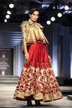 India Bridal Fashion Week Delhi 2013 - Shantanu & Nikhil 1