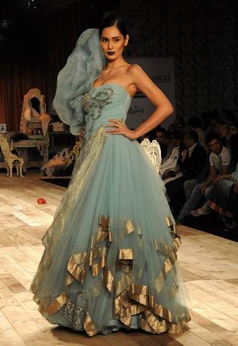 stunnig nikhil Buy shantanu nikhil dresses, shantanu nikhil designs collection at kalkifashioncom at best prices.