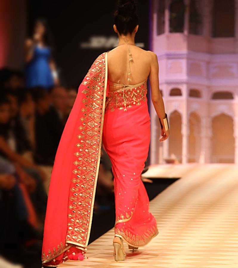 Anita Dongre Jaipur Bride 2013 6b