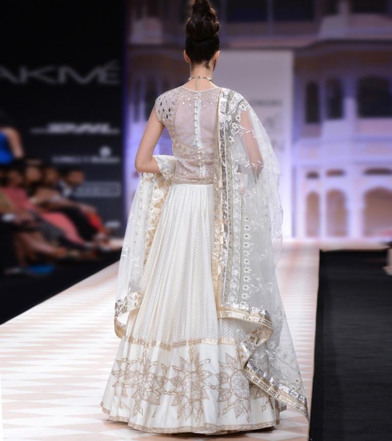 Anita Dongre Jaipur Bride 2013 7b
