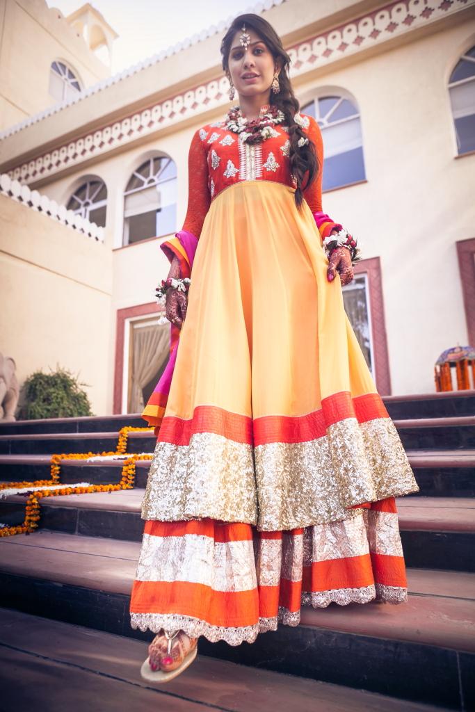 Kavita Vinita GK2 anarkali mehendi outfit Shubhi 3