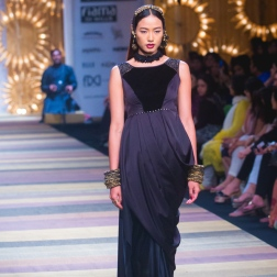 Wills India Fashion Week, Tarun Tahiliani