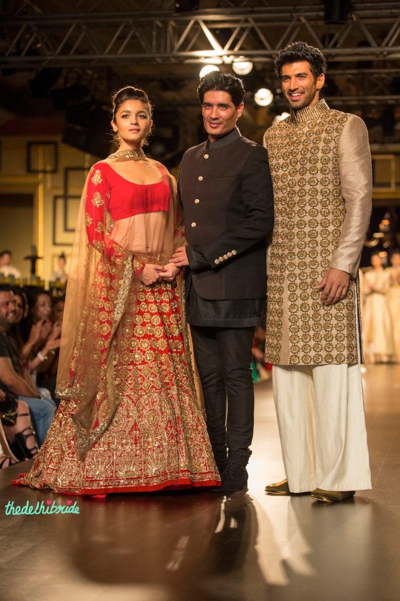 Alia Bhatt Aditya Roy Kapoor 1 Manish Malhotra India Couture Week 2014