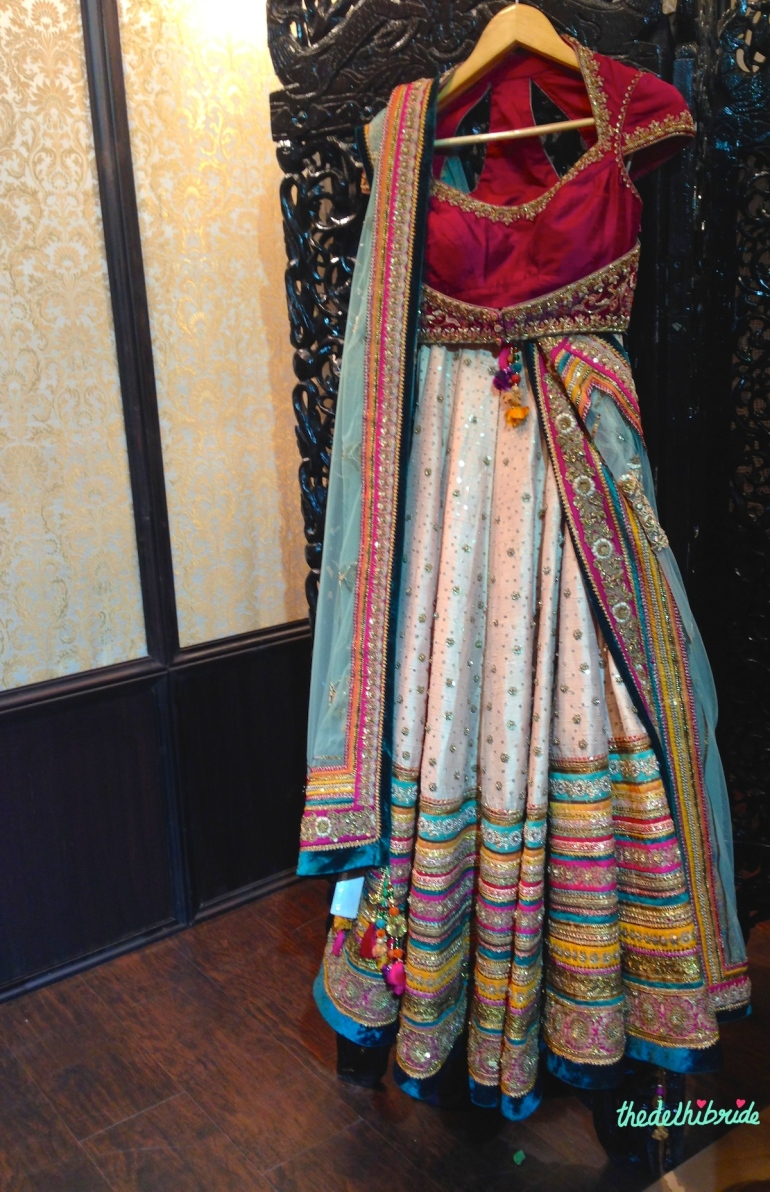 Blush pink lehenga Tarun Tahiliani at Vogue Wedding Show 2014