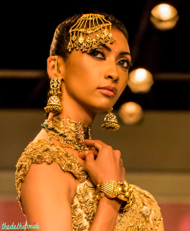 Jhumka and jhoomar Tarun Tahiliani India Bridal Fashion Week 2014