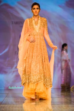 peach anarkali 1 Tarun Tahiliani India Bridal Fashion Week 2014