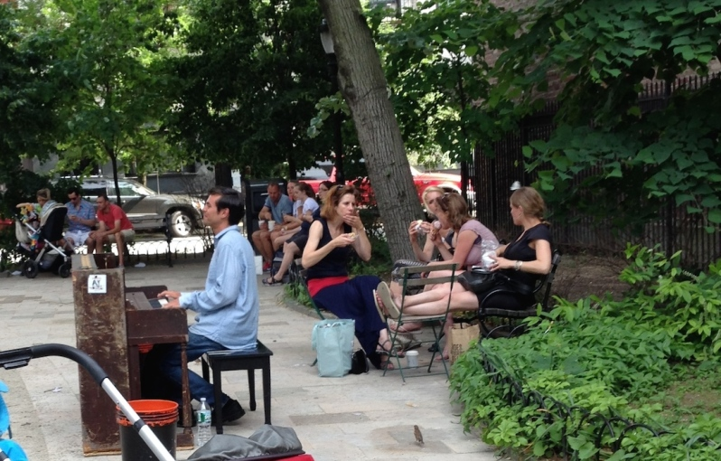 Sights of new york singers in parks