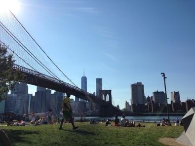 The park right under Brooklyn Bridge