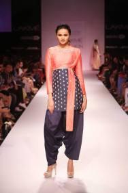 Payal Singhal dhoti pants patiala with short kurta