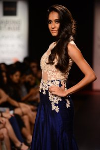 Ridhi Mehra Ivory & Blue gown Lisa Haydon up close