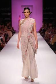 Zara Shahjahan half and half sari with floral border