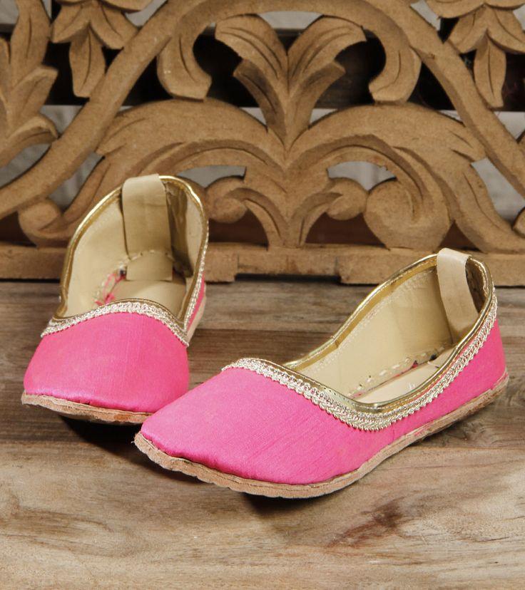 Footwear by Mzuri Sana 895 Pink Leather Juttis