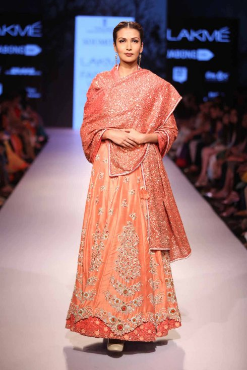 Lehenga Marg by Soumitra | peach lehenga sequinned dupatta | Lakme Fashion Week Summer Resort 2015 | thedelhibride Indian weddings blog