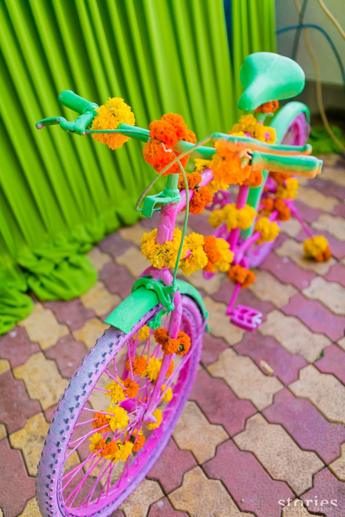 Mehendi photobooth props pink bicycle Shonan & Adesh