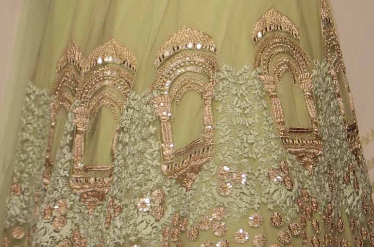 Ridhi Mehra Lakme Fashion Week Summer Resort 2015 embroidery details