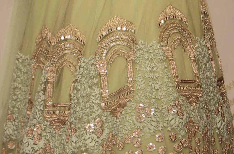 Ridhi Mehra Lakme Fashion Week Summer Resort 2015 embroidery details