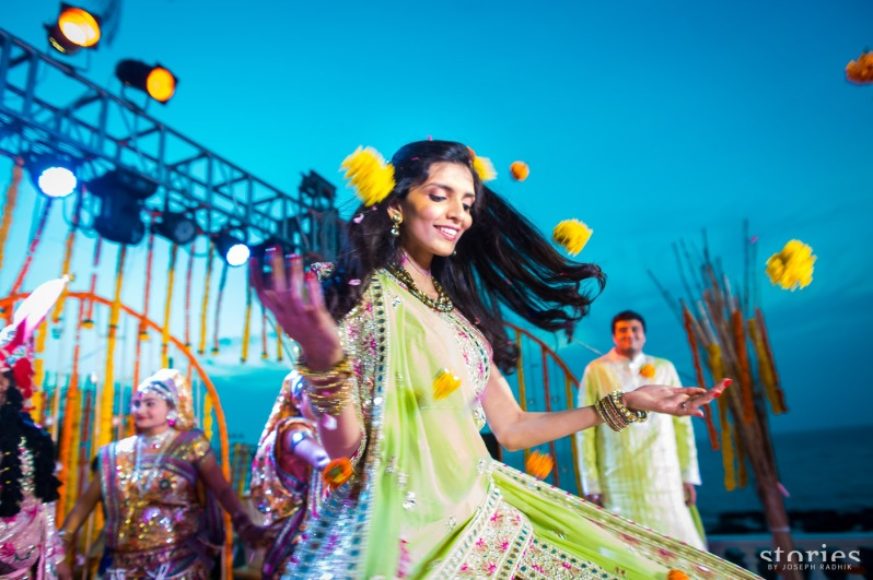 Shonan & Adesh Brij Holi open sky bride dancing