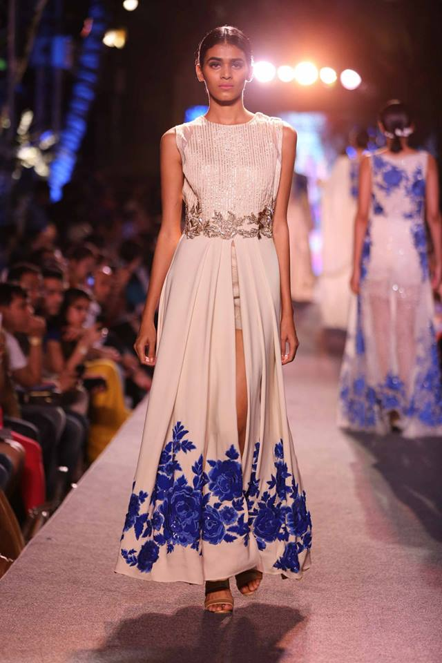 Suit Manish Malhotra | slit ivory anarkli floral embroidery | Lakme Fashion Week Summer Resort 2015 | thedelhibride Indian weddings blog