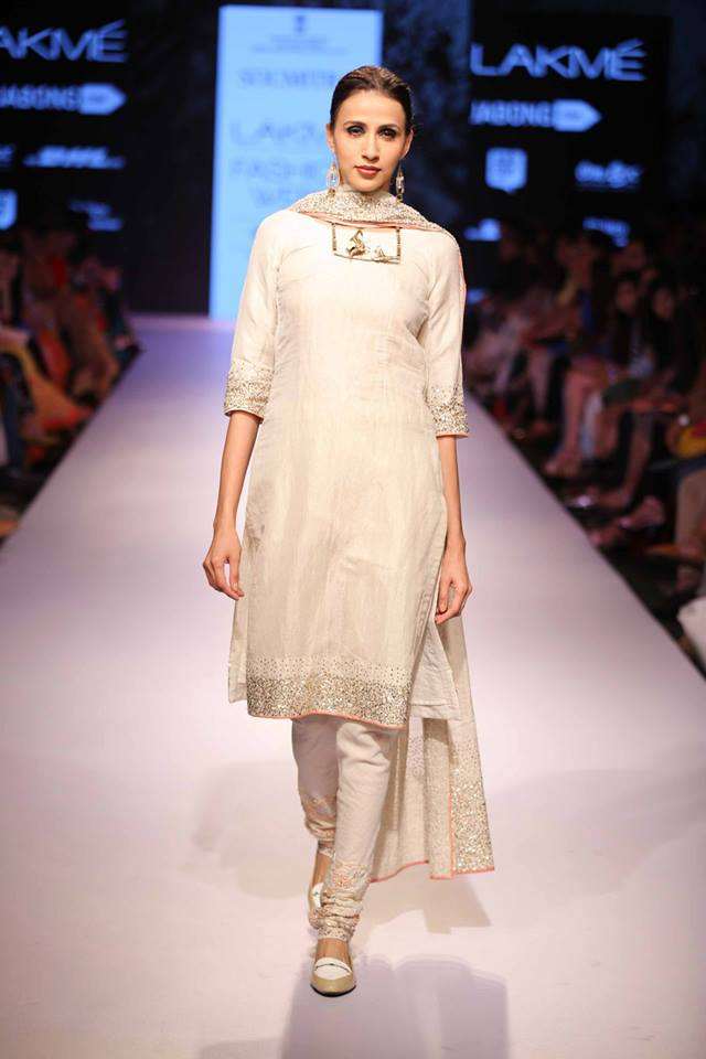 Suit Marg by Soumitra | white and silver sequins | Lakme Fashion Week Summer Resort 2015 | thedelhibride Indian weddings blog