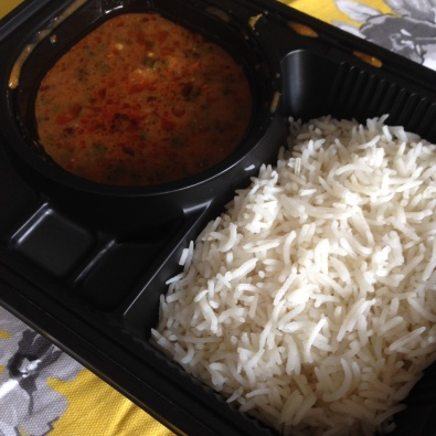 Day 4 open box bengali fish curry with steamed rice | Eatonomist review #FitwithTDB healthy food in Gurgaon