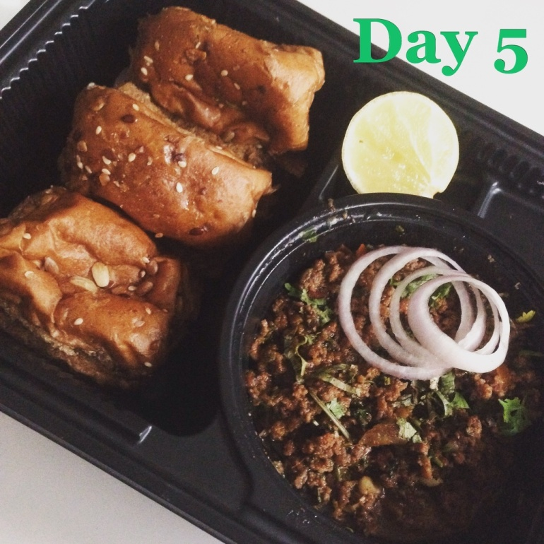 Day 5 Main Keema with multi-grain pao in olive oil | Eatonomist review #FitwithTDB healthy food in Gurgaon