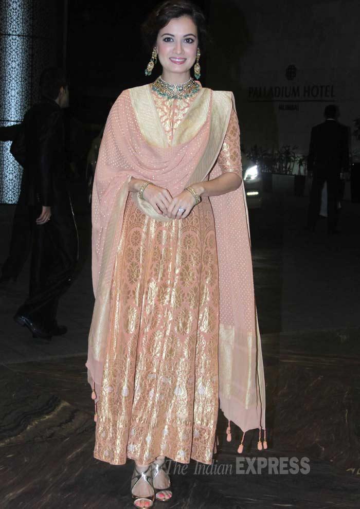 Dia Mirza in Anita Dongre 1 _ Shahid _  Mira's reception _ IBtimes