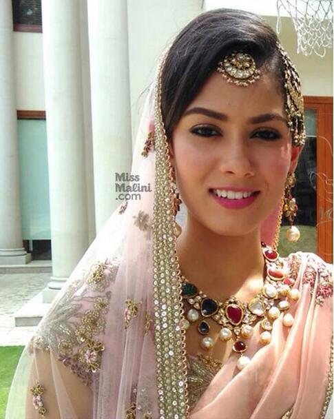 Mira Rajput wedding reception in Delhi makeup Shahid Kapoor wedding