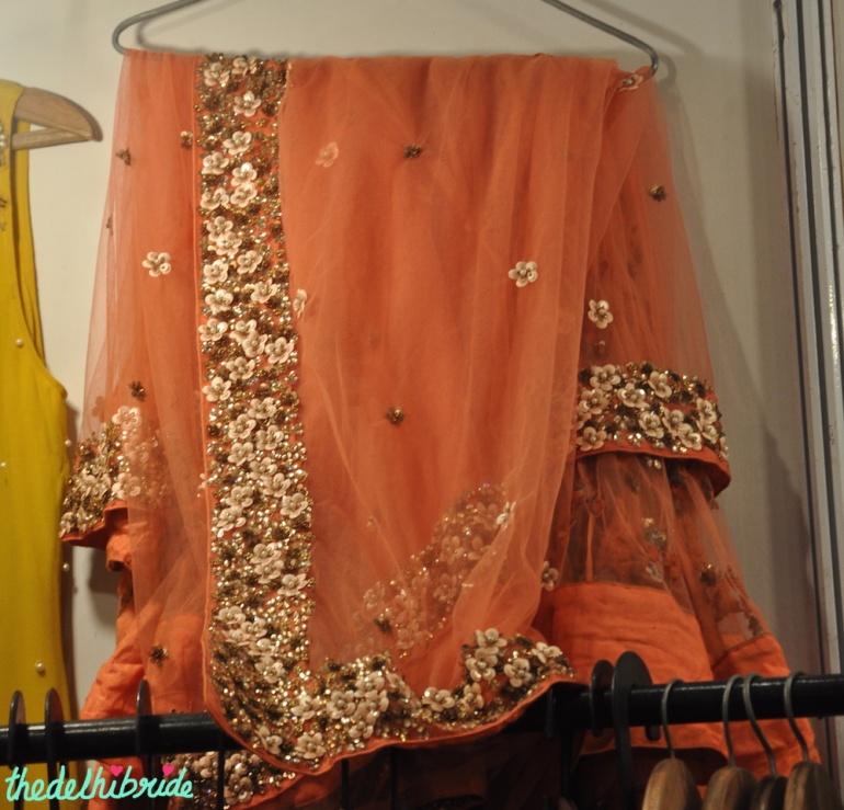Orange Saree with heavy border - Anju Agarwal Kolkata - Best of Wedding Asia Delhi 2015