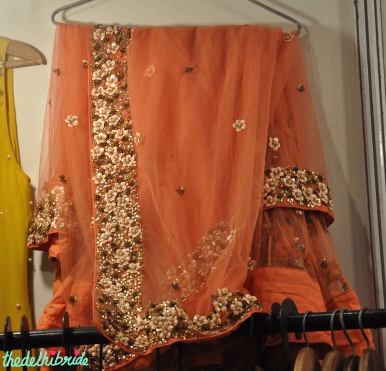 Orange Saree with heavy border - Anju Agarwal Kolkata - Best of Wedding Asia Delhi 2015