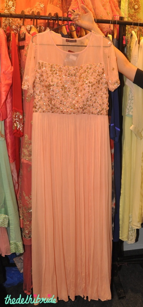 Peach suit with floral gold work - Anju Agarwal Kolkata - Best of Wedding Asia Delhi 2015 .JPG