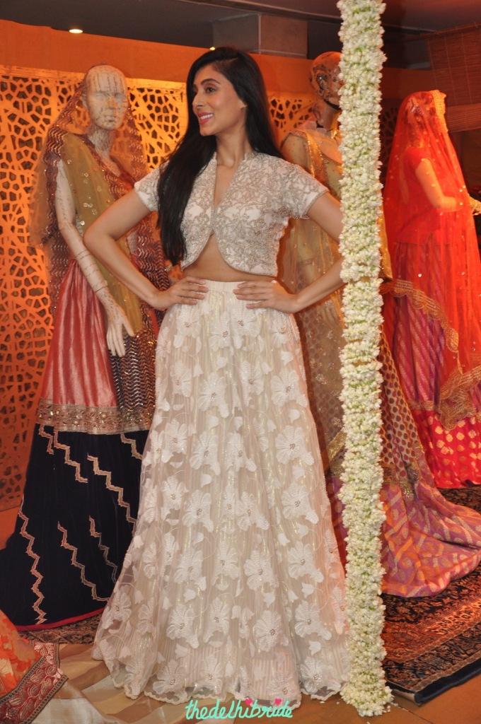 Pernia Qureshi - Jaanishar - Kotwara - Meera Muzaffar Ali - Best of Wedding Asia Delhi 2015