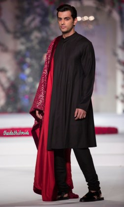 Black Churidar Kurta Pyjama for Men with Red stole - Varun Bahl - Amazon India Couture Week 2015jpg