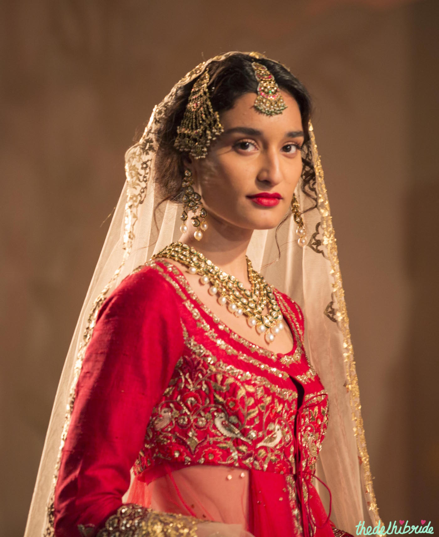 Hindu Wedding: Anju Modi At Amazon India Couture Week 2015