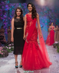 Jyotsna Tiwari - Sarah Jane Dias in Red Pre-draped Net Sari with Lace - BMW India Bridal Fashion Week 2015