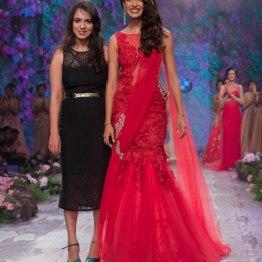 Jyotsna Tiwari - Sarah Jane Dias in Red Pre-draped Net Sari with Lace - BMW India Bridal Fashion Week 2015