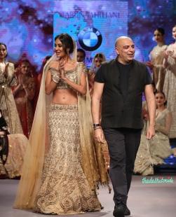 Lisa Haydon in Gold & Beige Lehenga with Zardosi Embroidered Work with Tarun Tahiliani - Tarun Tahiliani - BMW India Bridal Fashion Week 2015.jpg