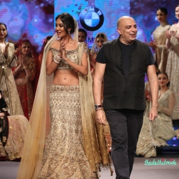 Lisa Haydon in Gold & Beige Lehenga with Zardosi Embroidered Work with Tarun Tahiliani - Tarun Tahiliani - BMW India Bridal Fashion Week 2015.jpg