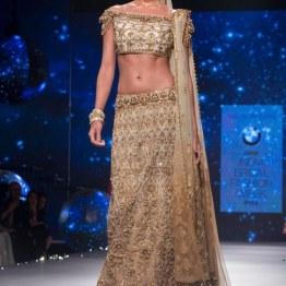 Lisa Haydon in Gold Lehenga with Zardosi Embroidered Work 1 - Tarun Tahiliani - BMW India Bridal Fashion Week 2015