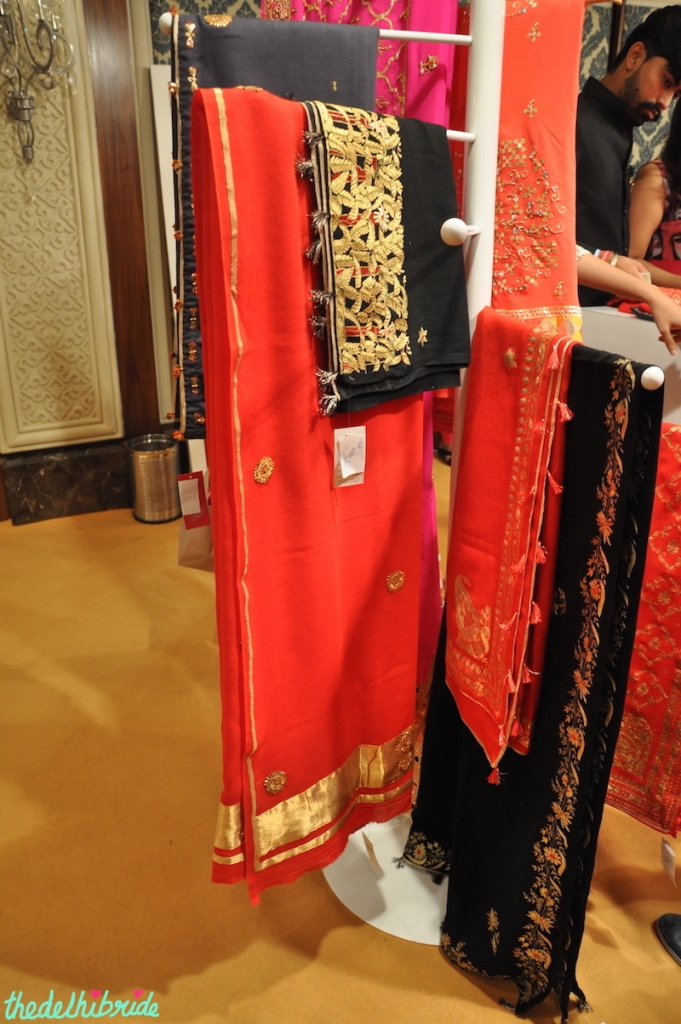 Saree Pavilion - Mangalmayee Jaipur red bridal embroidered shawl in cashmere and pashmina - Vogue Wedding Show 2015