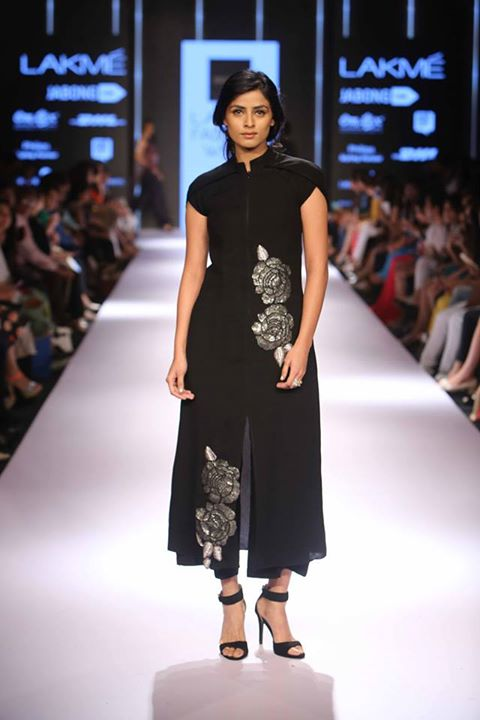 Best Bridal Buys From Lakme Fashion Week Winter Festive 2015 Thedelhibride An Indian Wedding Blog