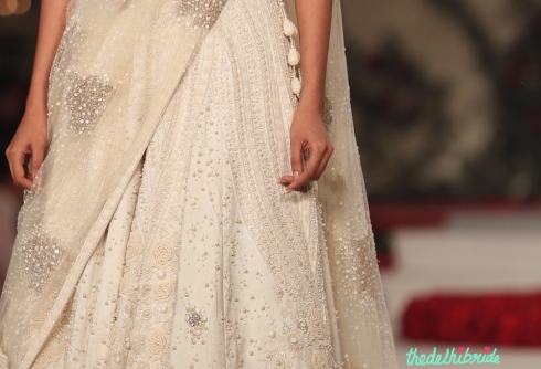 Top Pick Ivory floral lehenga details 1