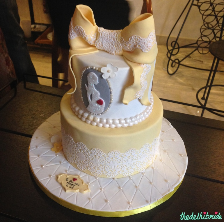 Baby shower fondant cake 2 tier